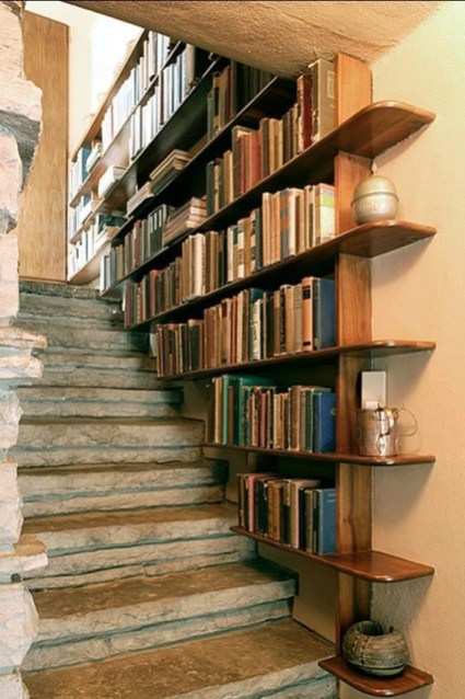 Amazing DIY Bookshelves You Can Do 32
