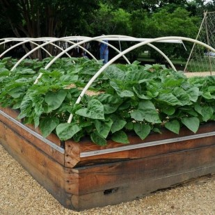 Coolest DIY Garden Bed Planner 14