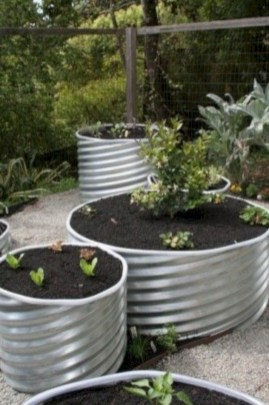 Coolest DIY Garden Bed Planner 17
