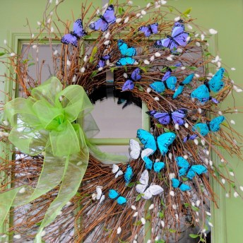 DIY Simple Spring Wreath For Your Door 10