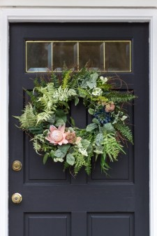 DIY Simple Spring Wreath For Your Door 17
