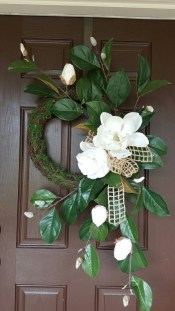 DIY Simple Spring Wreath For Your Door 23