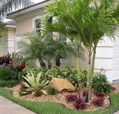 Fabulous Front Yard And Backyard Landscaping Ideas 15