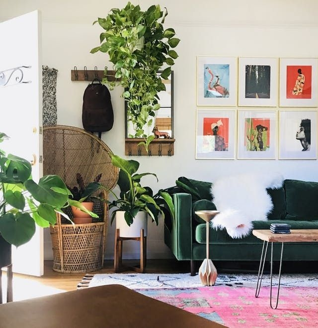 Lovely Modern Apartment Decoration For Couple 10