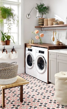 Most Inspirational For Your Laundry Room Decor This Year 26