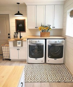Ways To Make Small Laundry Room To Look Big Space 23