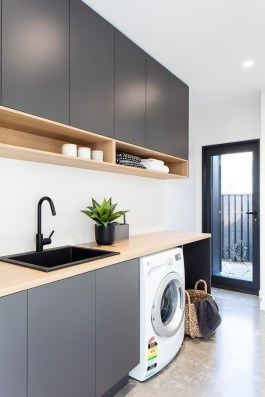 Ways To Make Small Laundry Room To Look Big Space 26