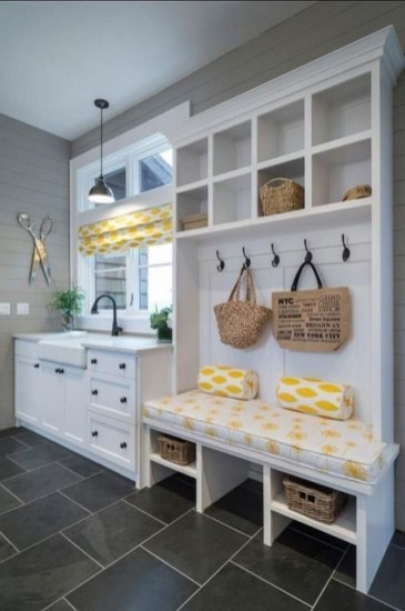 Ways To Make Small Laundry Room To Look Big Space 34