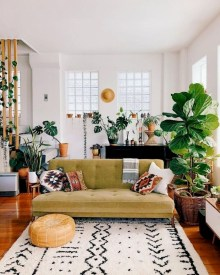 Amazing Small Living Room Decor Idea For Your First Apartment 13