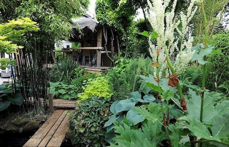 Fabulous Small Area You Can Build In Your Garden 35