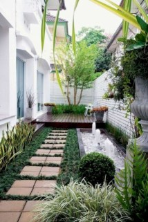 Fresh And Beautiful Side Yard Decoration You Must Have 25