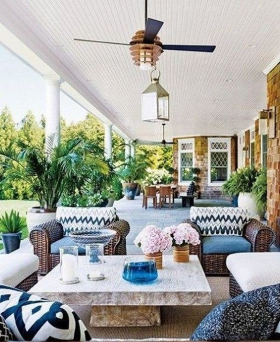 Awesome Summer Porch Decoration Ideas 27