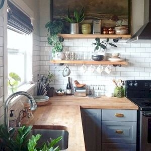Best DIY Farmhouse Kitchen Decorating Ideasl 05