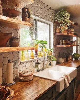 Best DIY Farmhouse Kitchen Decorating Ideasl 18