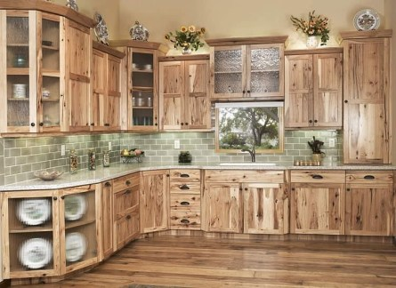 Best DIY Farmhouse Kitchen Decorating Ideasl 34