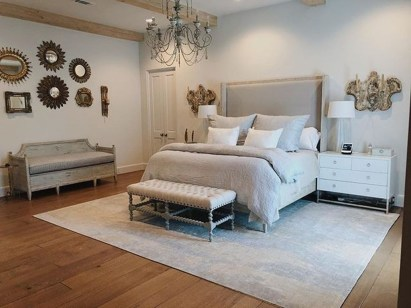 Elegant Furniture Idea For Master Bedroom 19