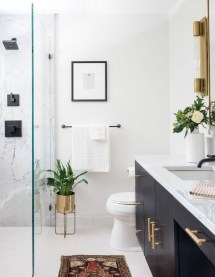 Most Popular And Amazing Bathroom Design Ideas For 2019 36