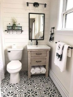 Amazing Farmhouse Bathroom Decor For Small Space 07