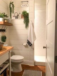 Amazing Farmhouse Bathroom Decor For Small Space 09