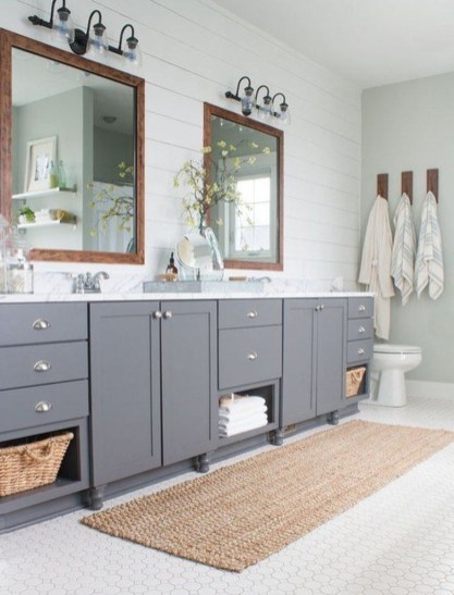 Amazing Farmhouse Bathroom Decor For Small Space 13
