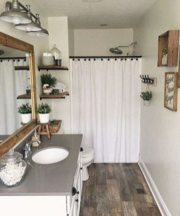 Amazing Farmhouse Bathroom Decor For Small Space 32