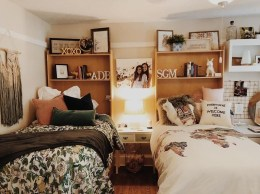 Awesome Dorm Room Decoration With Double Bed 15
