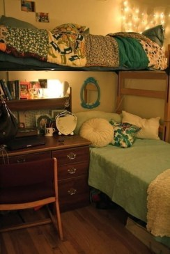 Awesome Dorm Room Decoration With Double Bed 17