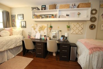 Awesome Dorm Room Decoration With Double Bed 39