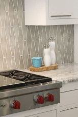 Best Subway Tile Backsplash Ideas For Any Kitchen 23
