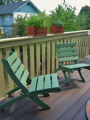 Comfy Small Seating Area In Your Balcony 31