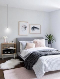 Easy Tips To Decorate Small Master Bedroom With Neutral Color 08