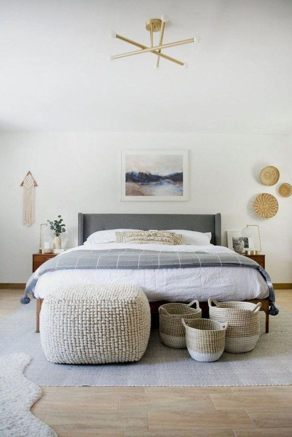 Easy Tips To Decorate Small Master Bedroom With Neutral Color 15