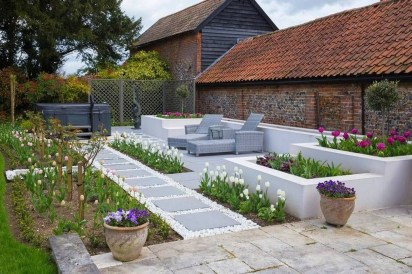 Fabulous Seating Area In The Garden 17
