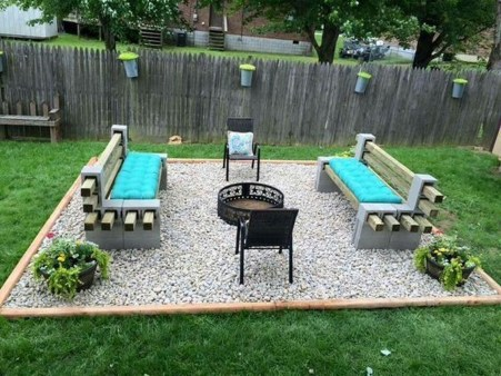 Fabulous Seating Area In The Garden 22