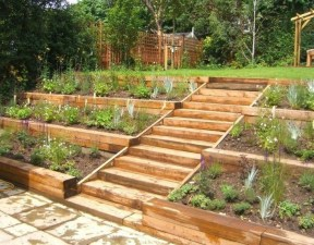 Inspiring Vegetable Garden Design For Your Backyard 22
