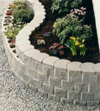 Perfect Bed Garden Design For Your Front Yard 25