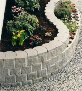 Perfect Bed Garden Design For Your Front Yard 26