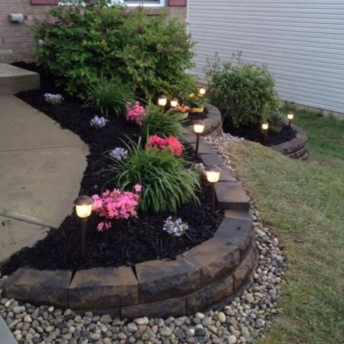 Perfect Bed Garden Design For Your Front Yard 39