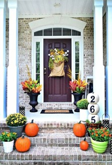 Perfect Front Porch Decoration For Fall 28