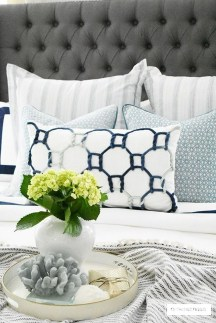 Simple And Cheap Summer Decor For Your Bedroom 03