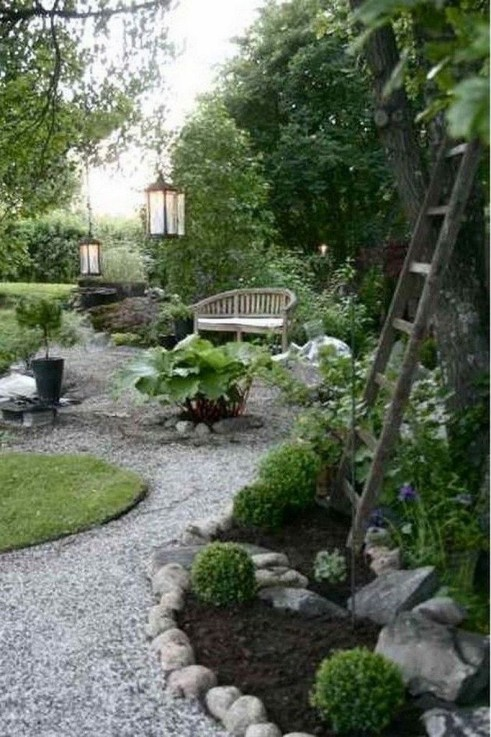 Simple But Beautiful Backyard Landscaping Idea On Budget 12