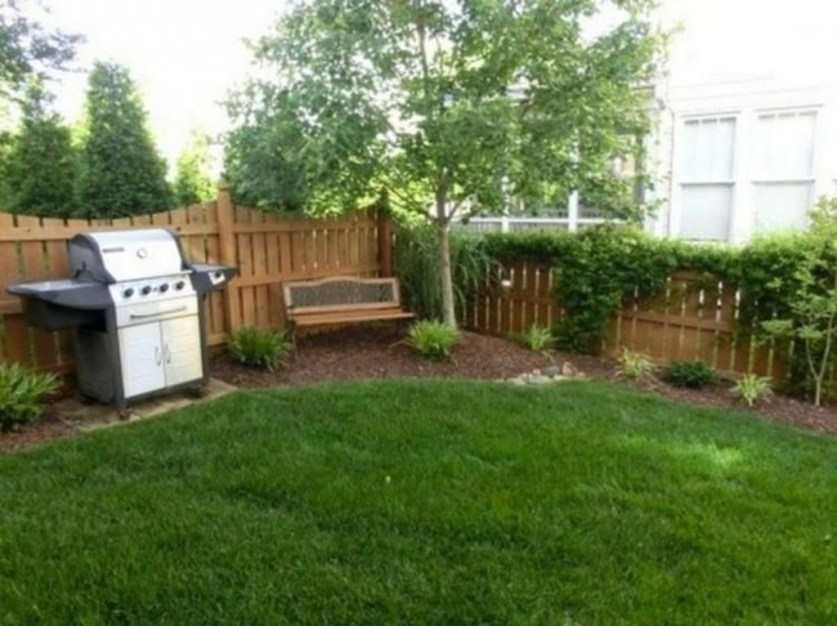 Simple But Beautiful Backyard Landscaping Idea On Budget 15