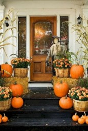 Stunning Fall Front Porch Decoration To Inspire Yourself 01