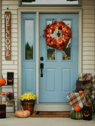 Stunning Fall Front Porch Decoration To Inspire Yourself 02
