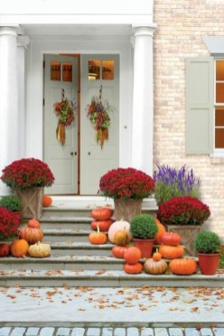 Stunning Fall Front Porch Decoration To Inspire Yourself 03
