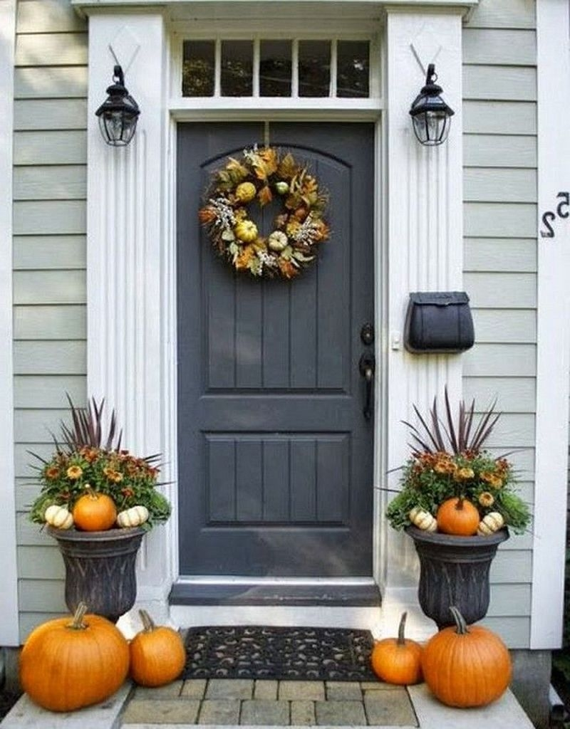 Stunning Fall Front Porch Decoration To Inspire Yourself 21
