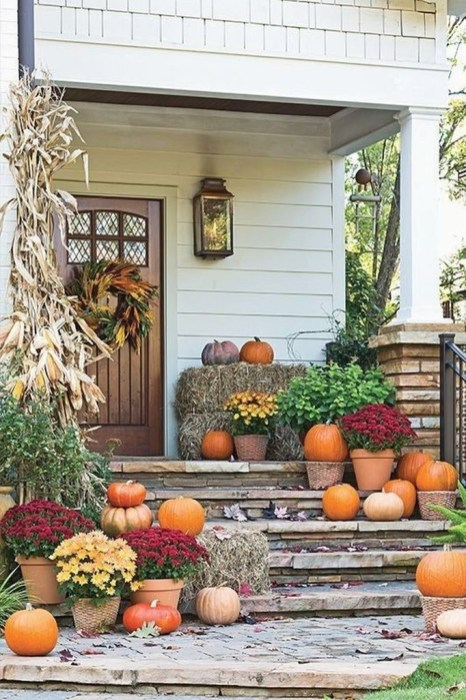Stunning Fall Front Porch Decoration To Inspire Yourself 34