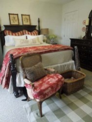 Best Farmhouse Bedroom Decoration You Can Do 05
