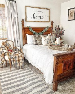Best Farmhouse Bedroom Decoration You Can Do 14