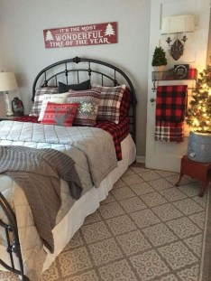 Best Farmhouse Bedroom Decoration You Can Do 23